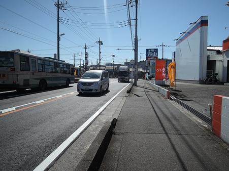 東側前面道路(所沢陸橋通り)