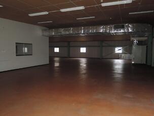 倉庫内部2階
