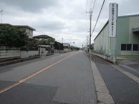 前面道路 西側