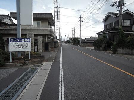 東側前面道路 幅員9.0m