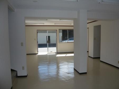 事務所内部1階