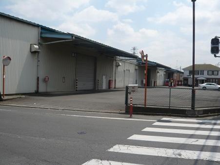 倉庫・事務所外観