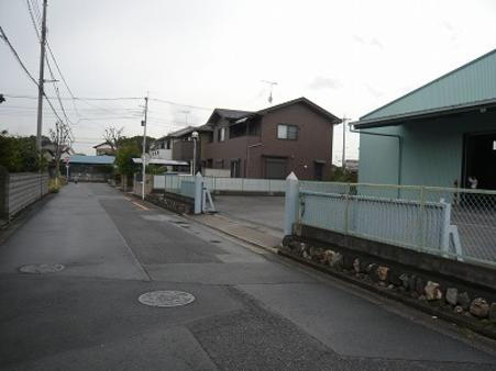 前面道路(南側)