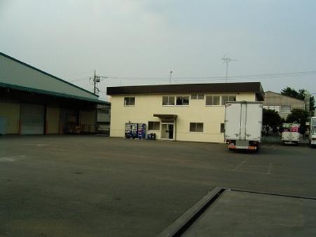 二階建て事務所